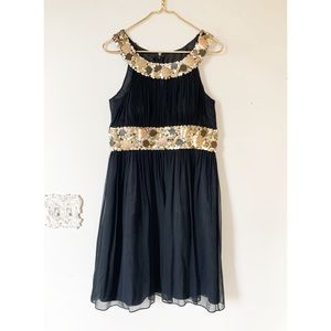 Adrianna Papell Black and Gold Dress